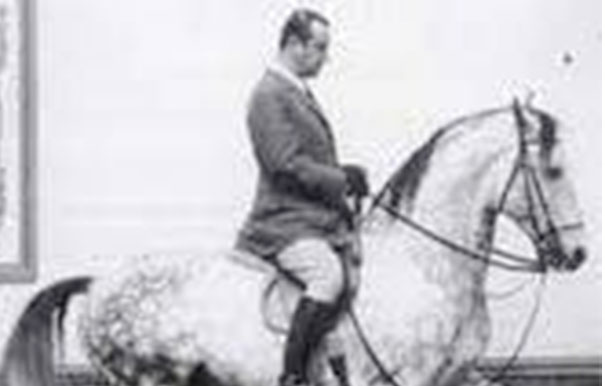 ENDAS Equitazione vi invita alla lettura : un viaggio a conoscere Nuno Oliveira … di diritto tra i grandi maestri dell'Arte Equestre